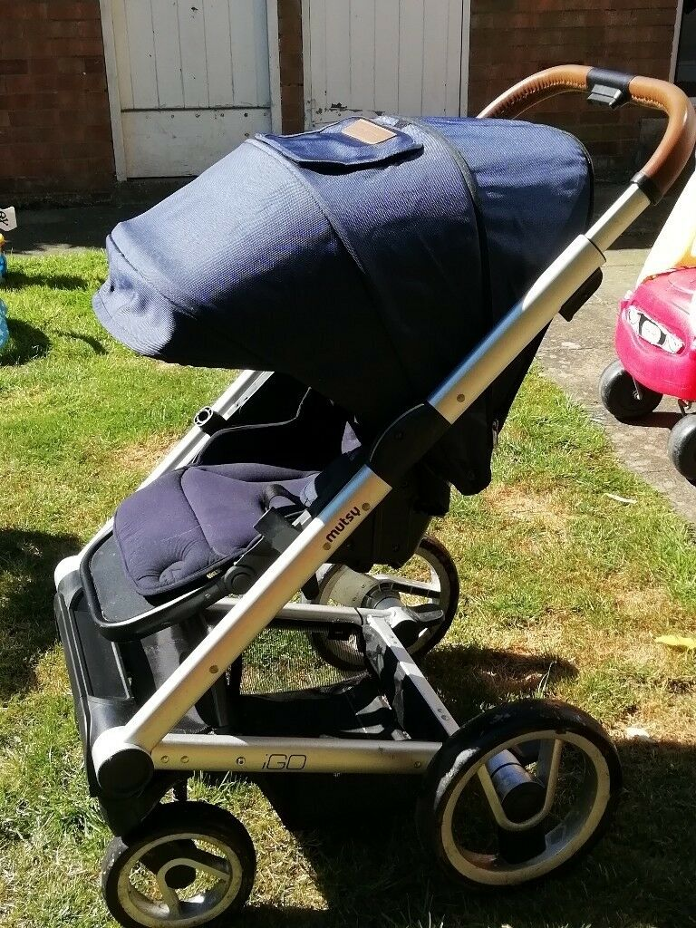 Mutsy IGo pram pushchair suitable from birth to 2 years