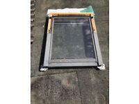 VELUX GGL M04 3059 Window 78cm x 98cm Centre Pivot Toughened - Pine (14 Nr)