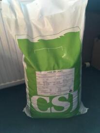 Unopened dog food 15kg