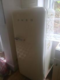 SMEG fridge/freezer for parts or repair SOLD