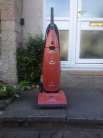 Pre-owned Vaccum Cleaner