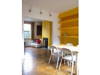 Three bedroom Shaftsbury Cottage with two doubles, one single, and a garden
