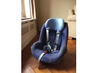 Maxi cosi Pearl isofix toddler car seat - in blue