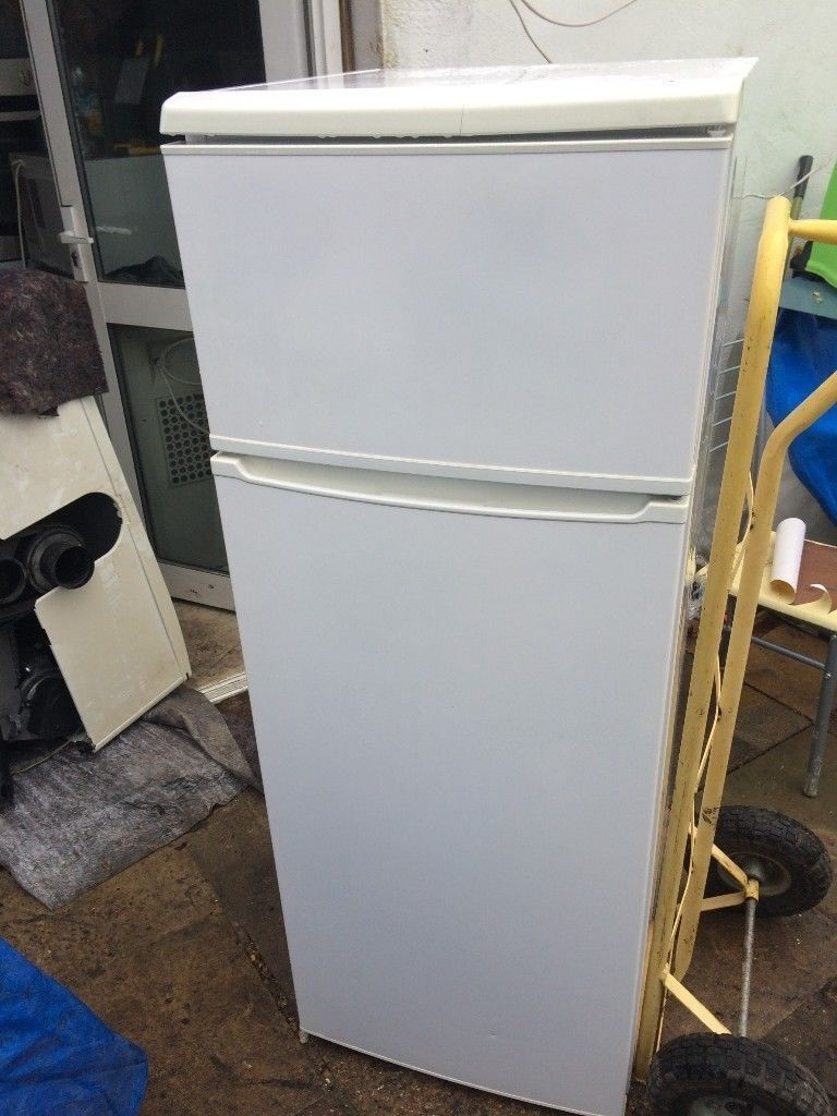 **CURRYS**FRIDGE FREEZER**ONLY £70**COLLECTION\DELIVERY**A RATED**MORE AVAILABLE**NO OFFERS**