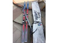 Set of ski for sale available for collection from croydon area