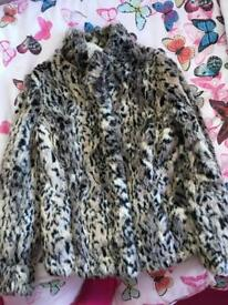 Per Una faux fur jacket