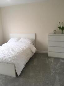 Room to Rent (Mon-Fri) Close to QA