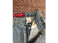 Ladies Levi's uk size 12, preowned bought in U S.