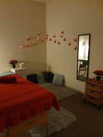 Full body relaxin massage