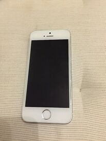 Iphone 5s 32GB silver unlocked with accessories and case