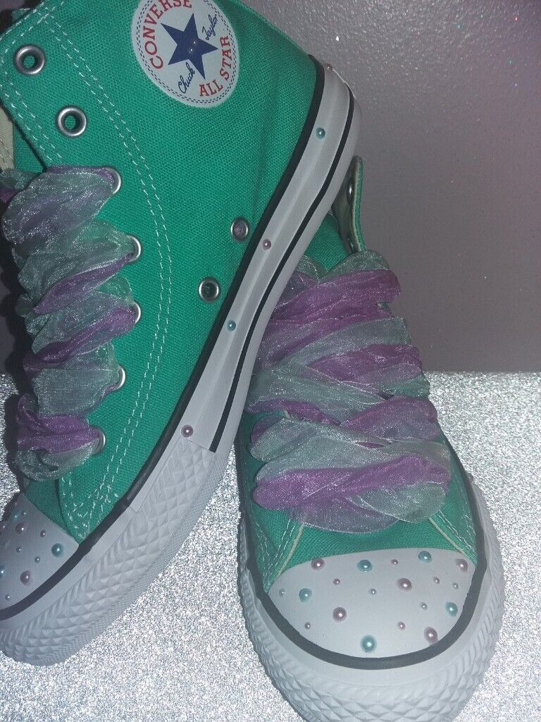 Converse hightop trainers size UK 2  21b3b7c11