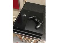 PS4 Console 500GB with controller