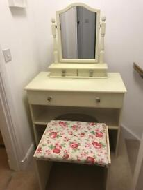 Cream Dressing Table, Stool & Mirror with Drawers