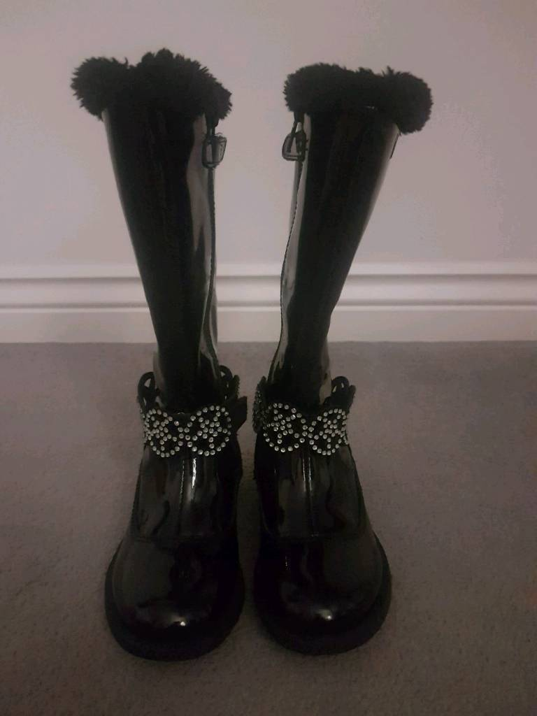 15c19a96674ff Lelli Kelly Black Patent Boots size 26.