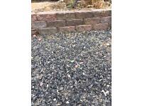 Mortar free retaining wall, tobermore