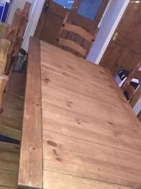 Country Pint Table & 8 chairs