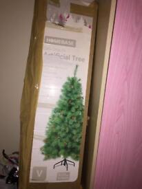 HOMEBASE DEW DROP 5ft CHRISTMAS TREE 🎄