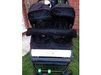 Mountain Buggy Duet Pushchair travel stystem