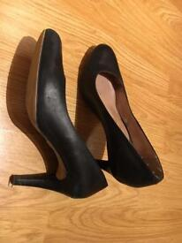 Clarks black court shoes size 5