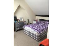 Southville _ Fantastic double ensuite room in professional shared house - all bills included