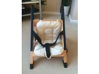 Immaculate Handysitt Highchair & Luxury Seat Pad