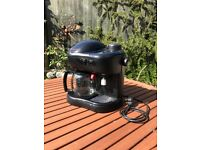 Coffee machine / Coffee Maker / Percolator inc. filters and milk frother!