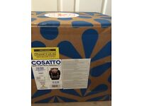 New Boxed and Sealed Cosatto Hug ISOFIX Group 1/2/3 Baby / Child Car Seat 5 Point Plus Daisy Dot