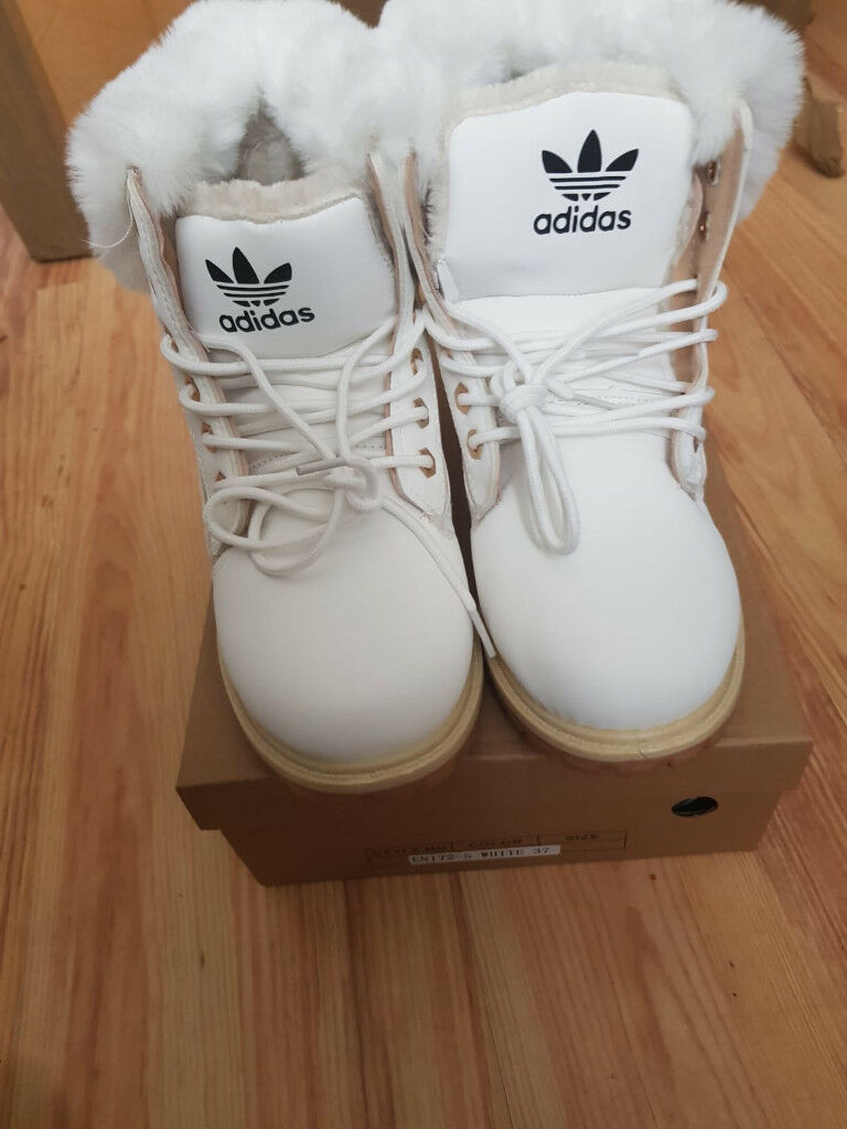 reputable site aa010 7b09e Adidas uggs   in Exminster, Devon   Gumtree