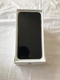 Like new condition Iphone 7 plus 32gb unlocked. No scratches or dents