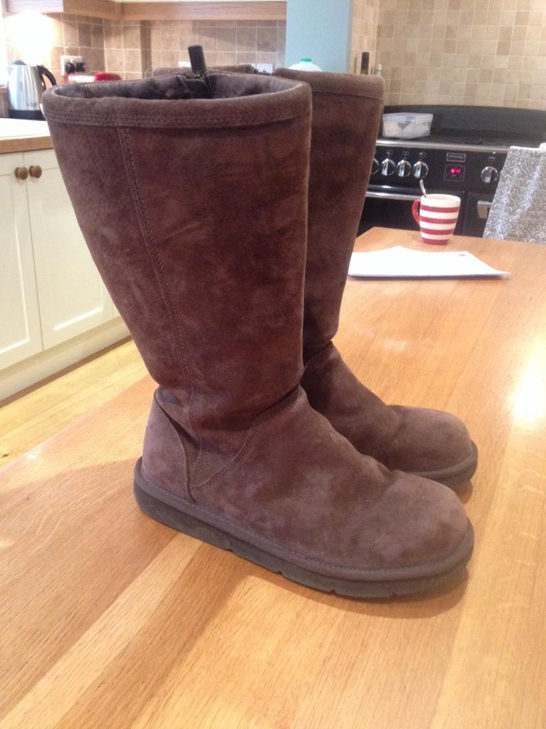 Uggs size 6.5
