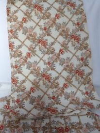 Curtains, Cream with flowers 1 pair