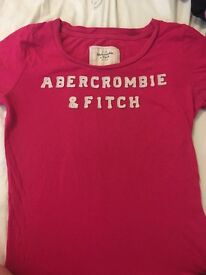 Very good condition worn women's (Abercrombie & Fitch, Hollister) tshirts