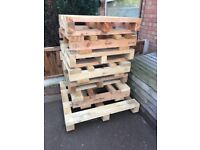 LARGE CHUNKY WOODEN PALLETS DIY PROJECTS ETC