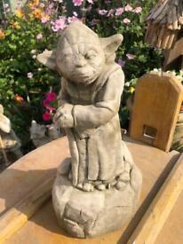 Star Wars statues - new