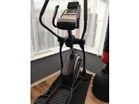 ProForm endurance 720E (£350 ONO) elliptical cross trainer - 9 kg flywheel - RRP £699 - 3 months old