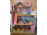 Early Learning Dolls Mansion house