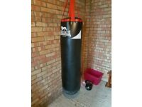 Lonsdale 4ft Punch Bag