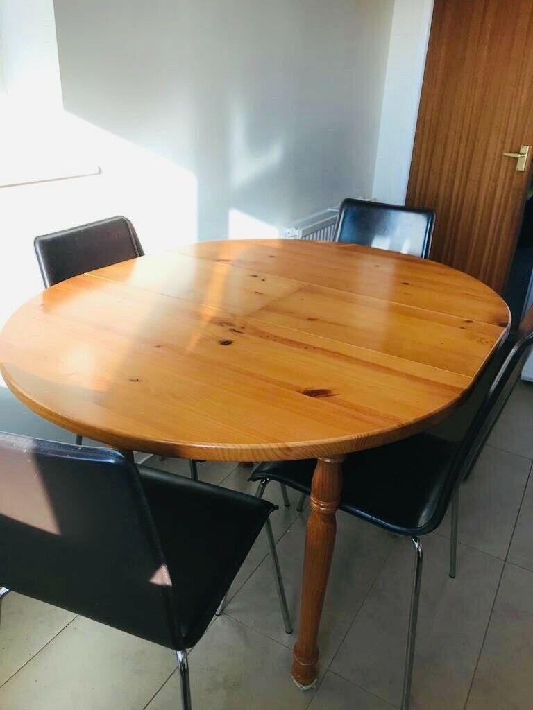 pine kitchen table and 4 chairs  in bradford west