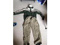 Ski outfit for men - size large