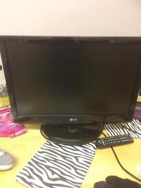 """Lg 22"""" hd freeview tv"""