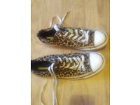 Size 10 Leopard skin converse all stars nearly new