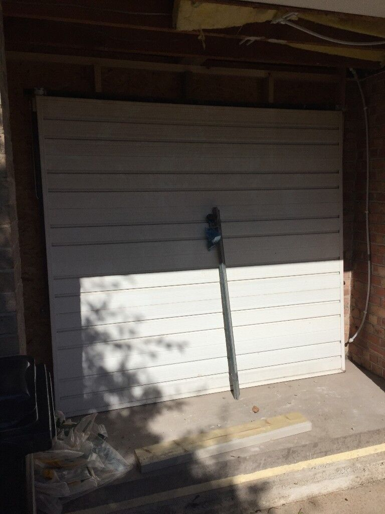 Up And Over White Metal Garage Door Good Condition No Dents Or Rust