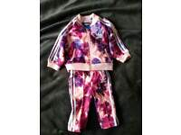 Tracksuit for baby girl