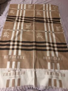 Beautiful Authentic Burberry Cashmere Scarf