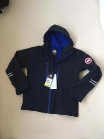 Men's Canada Goose soft shell Jacket (medium)