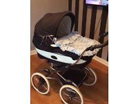 Bebecar pram comes with pushchair bit also