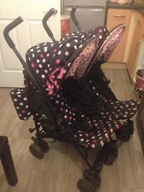 Costatto bowhow double pushchair