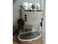 Coffee and cappuccino maker DeLonghi
