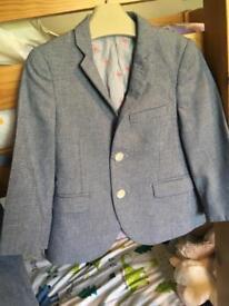 Next boys signature suit Aged 4