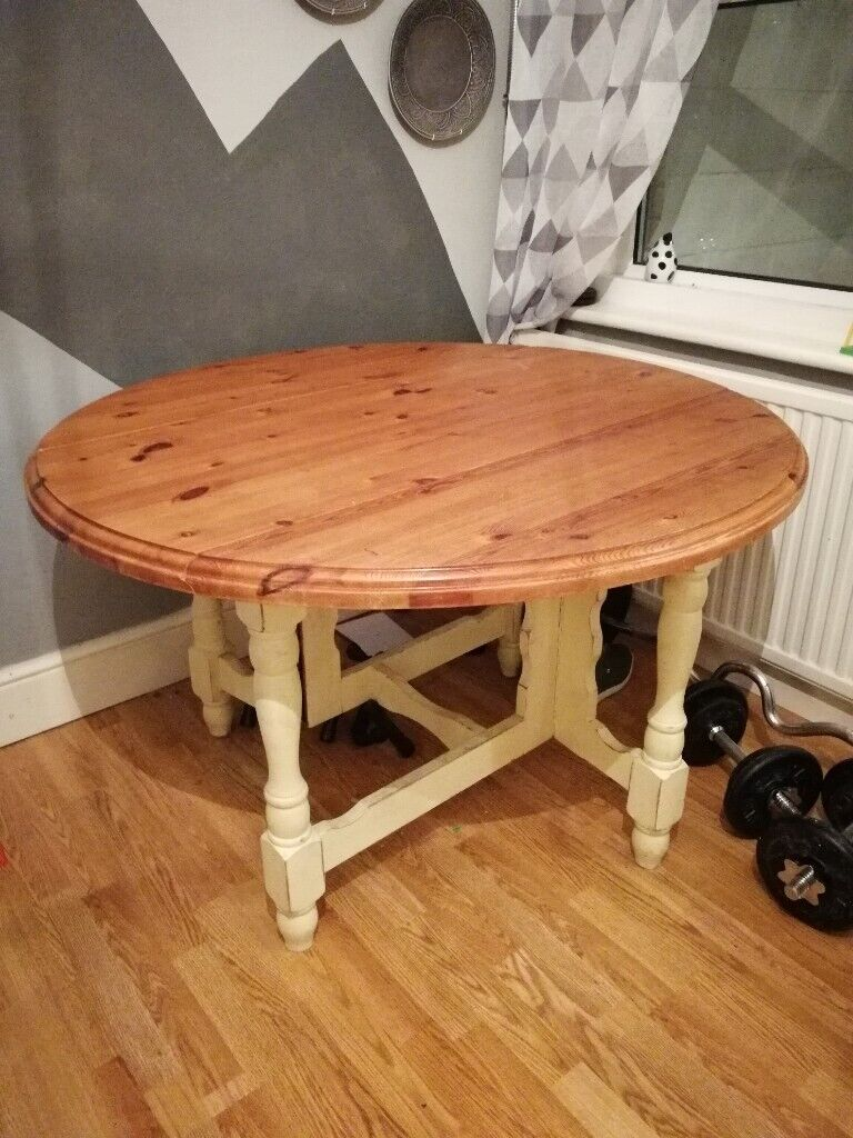 Wooden Round Dining Table With Leaves In Poole Dorset Gumtree